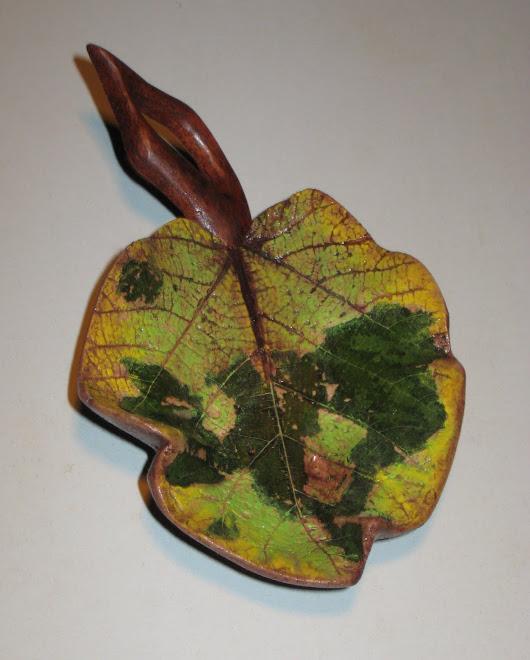 Leaflets made of eco dough