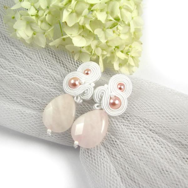 """Sutasz ślubny śnieżna biel z perłami """"Lady Stuart""""."""
