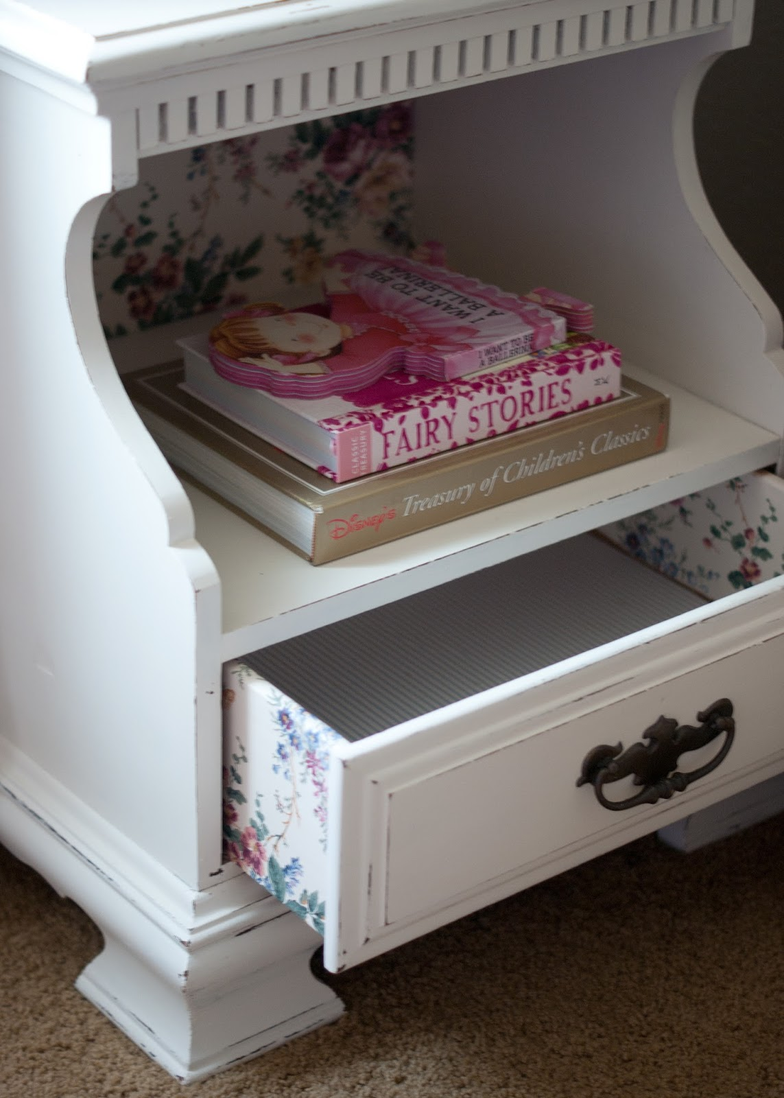 Vintage nightstand - chalk paint and wallpaper