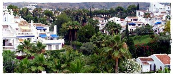 Urbanización El Oasis de Capistrano en Nerja, Málaga, Costa del Sol