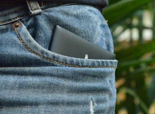 """Lumia 1520 fica """"apertado"""" no bolso"""
