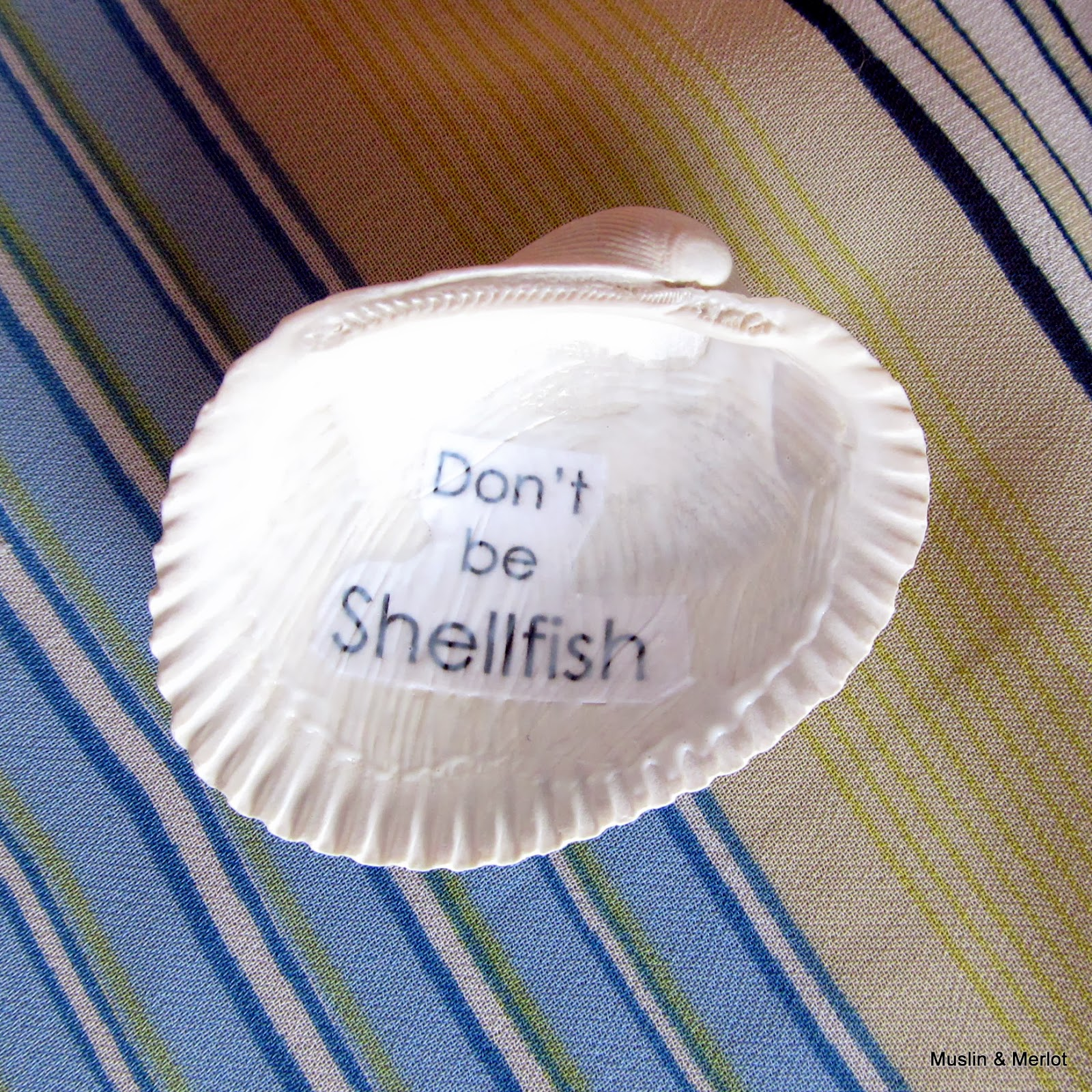 Seashell craft by Muslin & Merlot. Don't be Shellfish!