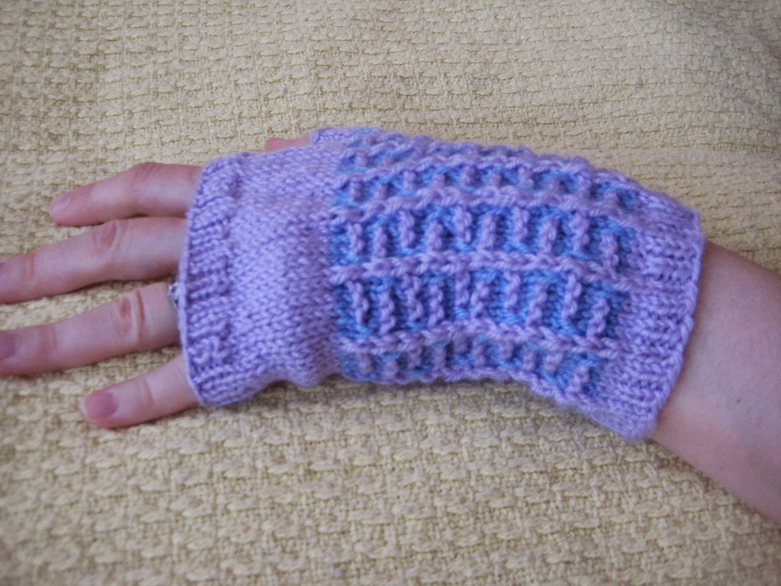 Knitting Picking Up Stitches For Thumb : Balls to the Walls Knits: Spring Fling Fingerless Gloves