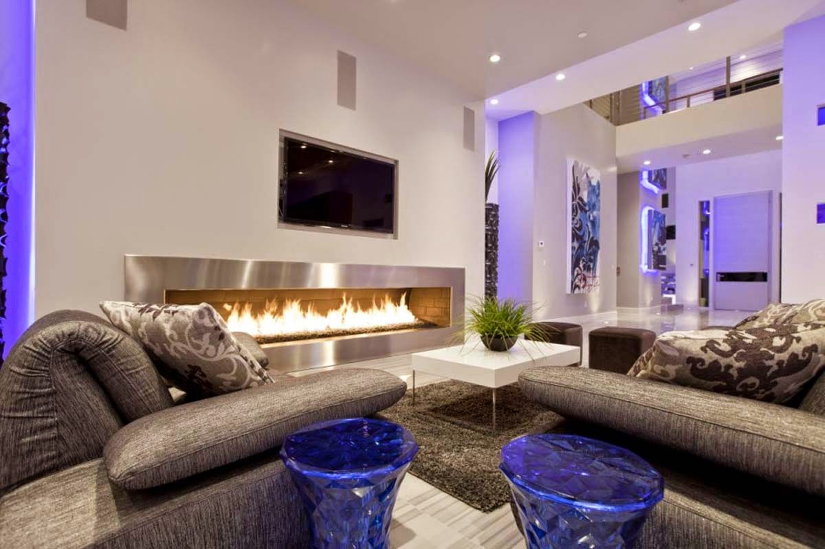 Amazing Luxurious Living Room Design With Good Fireplace | Daily ...