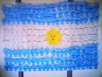 Mi sala amarilla manualidades para el d a de la bandera for Papel de pared argentina