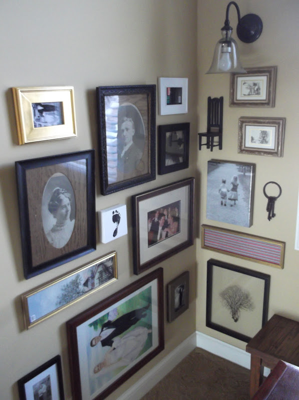 Sunshine on the Inside: Our Stairwell Picture Frames Have Pictures Now!