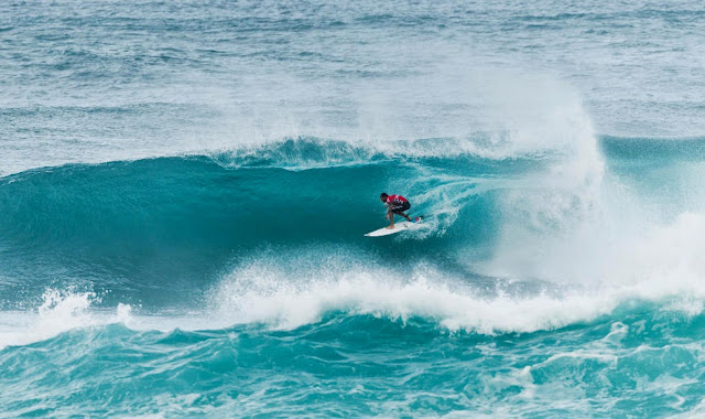 jonathan gonzalez semifinales vans world cup of surfing 03