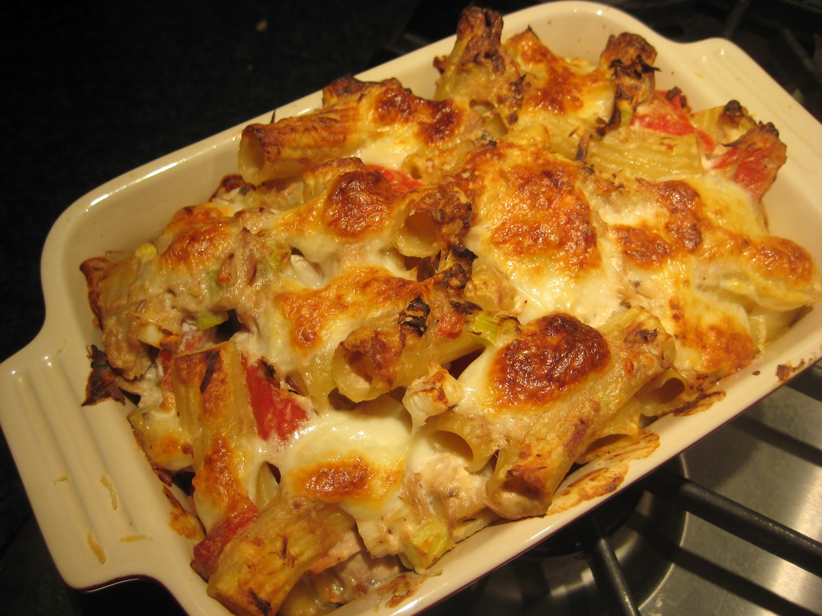 Lemon and Cheese: Tuna and Pepper Pasta Bake