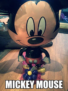 Mickey Air Walker, A Balloon in a Box, review, competition