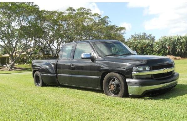 2001 Chevy Silverado 3500  Dually  4x4  Allison
