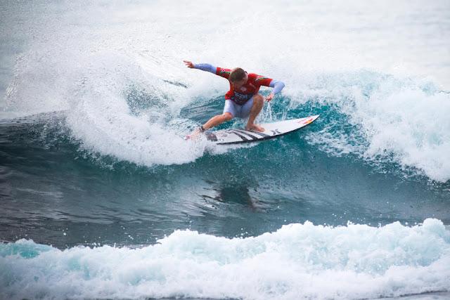 2 Kolohe Andino USA 2015 SATA Azores Pro Foto WSL Laurent Masurel