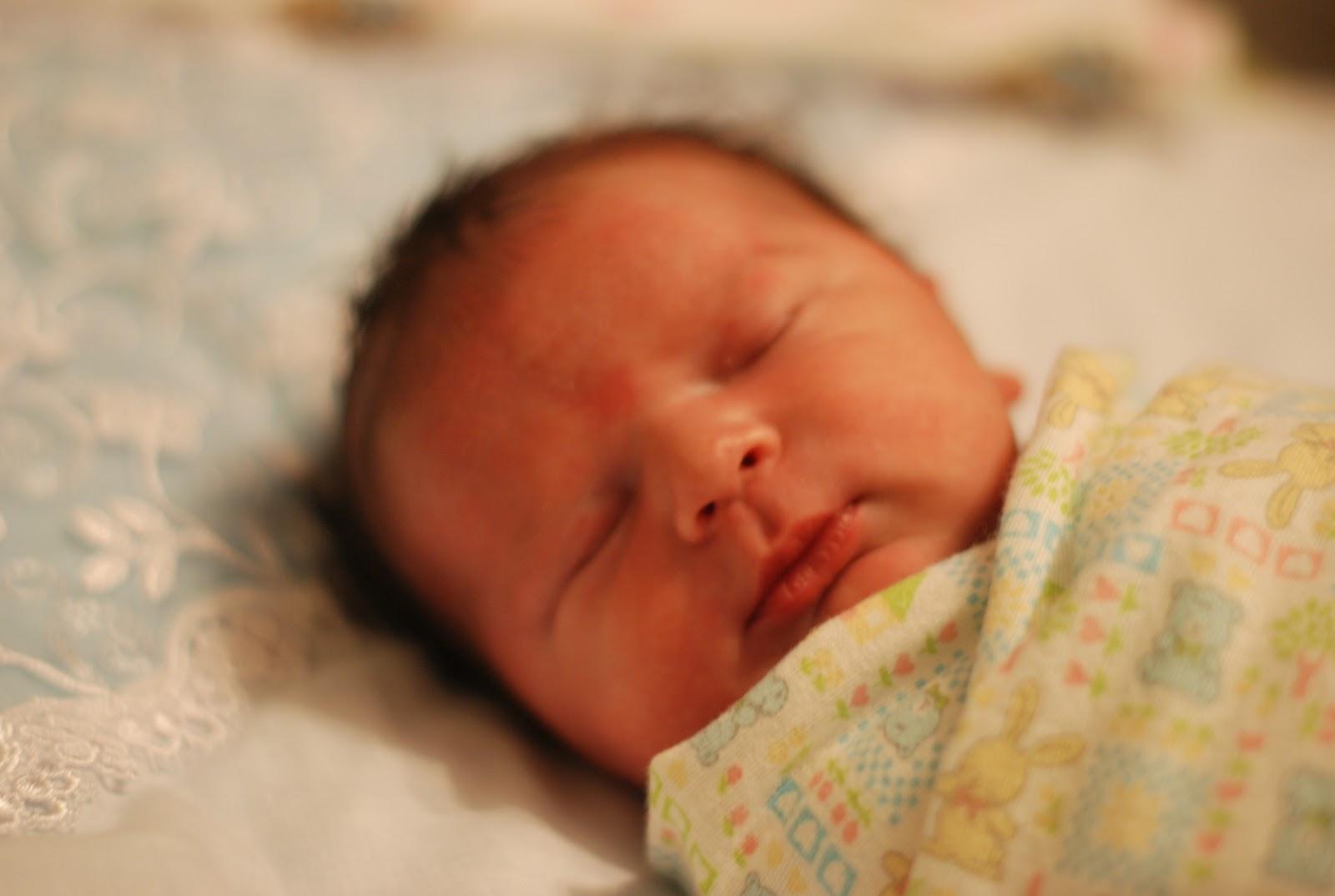 Первая неделя жизни ребенка фото