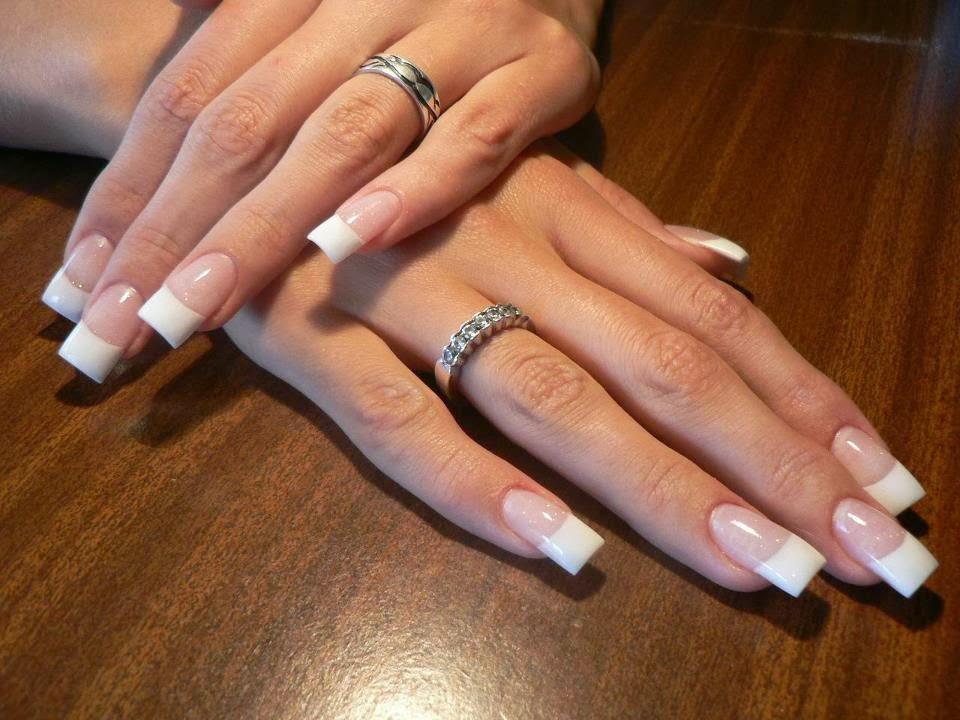 Curso de uñas acrílicas con kit básico