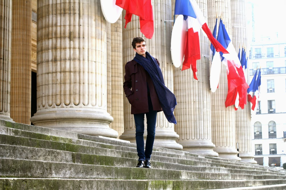 BLOG-MODE-HOMME_River-Island-trench_Pair-of-Kings-Shoes_Pull-in-Chaussettes_écharpe-Celioclub_Soulier-Preppy-Paris-Dries-Van-Noten-polo