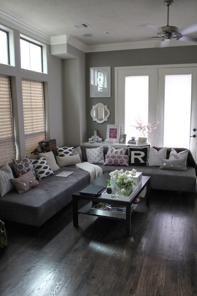 Veronikas Blushing Living Room Updates