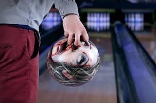 Bola Bowling Terkeren / Terunik
