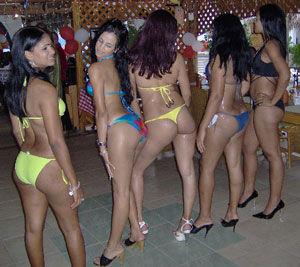 Peruanas tetonas escorts cerca