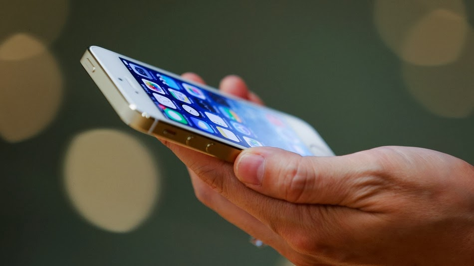 Apple to Dip Into Fitness Tracking With iOS 8