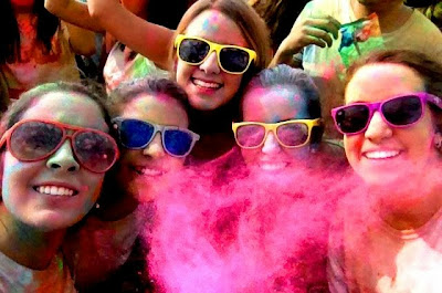 victoria suarez, hey vicky hey, holi run, holi run madrid, colores, carrera de colores