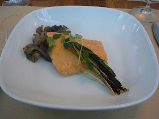 Slowly cooked salmon, vinaigrette, steamed mushroom