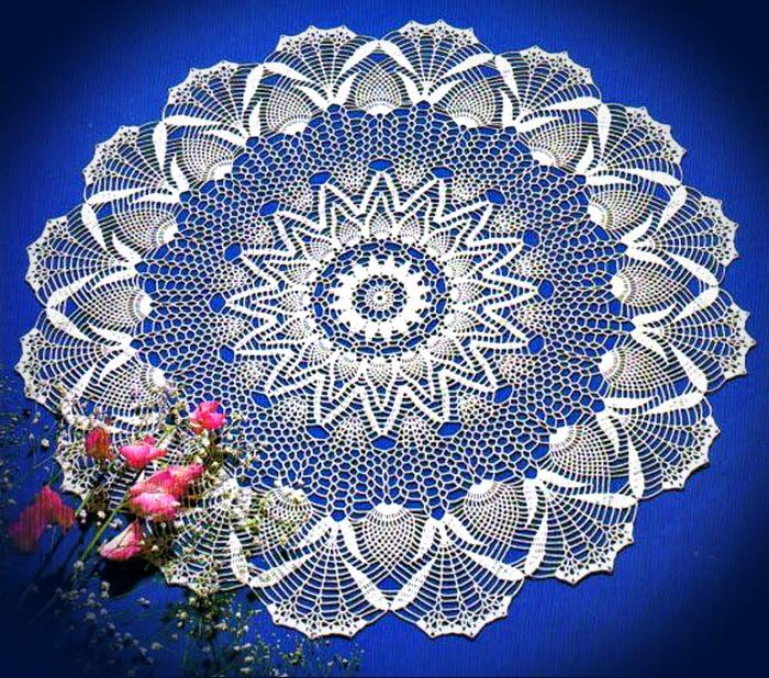 Crochet And Arts Table Cloth