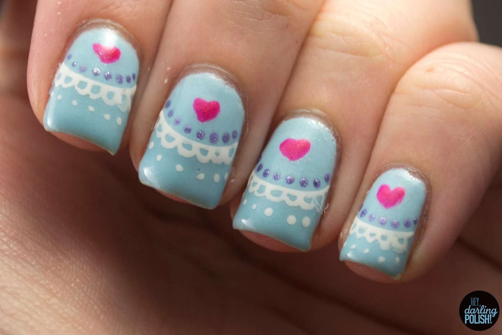 nails, nail art, nail polish, polish, valentines, golden oldie thursdays, hearts, blue, hey darling polish