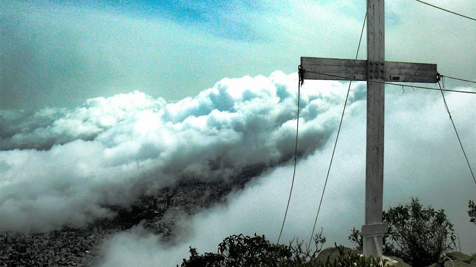 """""""Desde Aquí"""" dedicada a Natalí Robles, una venezolana que ama,vive, siente y sueña Caracas."""