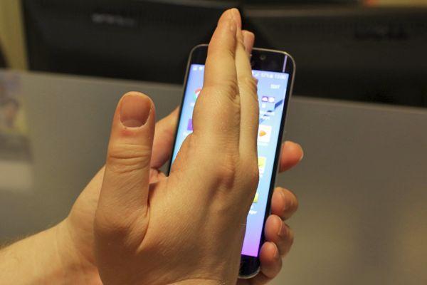 Prendre capture avec une main Samsung Galaxy 6