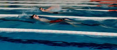natacion correr running swim piscina