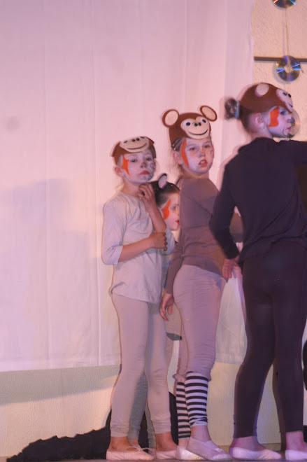 les animaux de la sorcière (danse moderne 6-7ans)