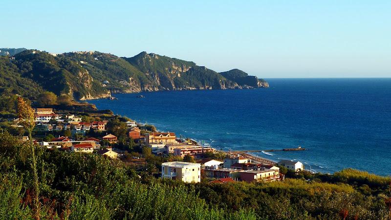 Blick auf Arillas im Nordwesten der Insel Korfu