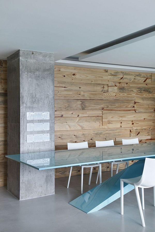 Living in designland pared de listones de madera for Listones de madera para palets