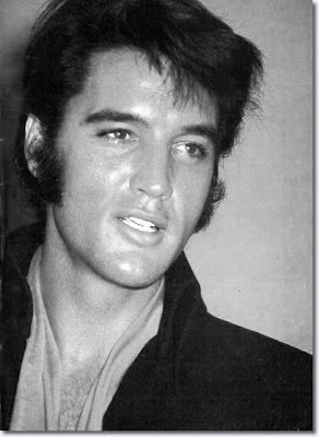 Elvis Presley www.thebrighterwriter.blogspot.com