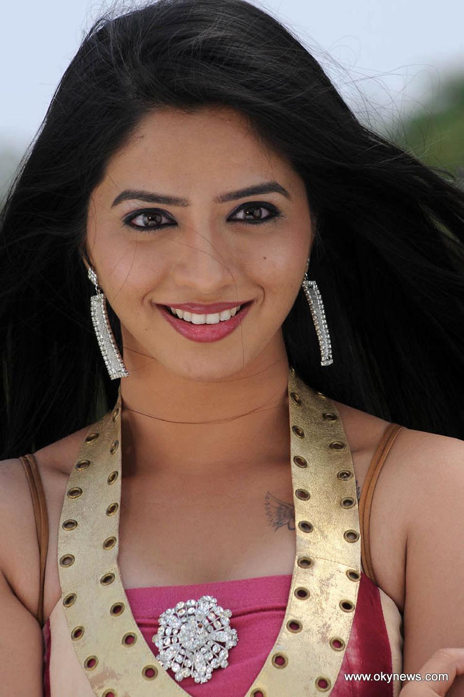 Nisha Shah Latest Hot Stills