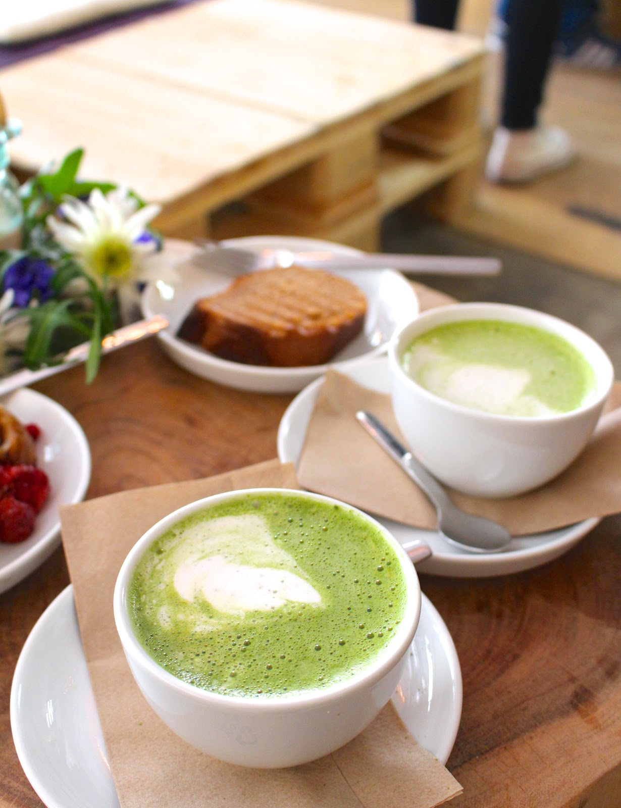 Little Kind Cafe Munich matcha latte