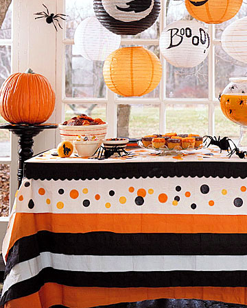 Merveilleux DIY Halloween Tablecloth