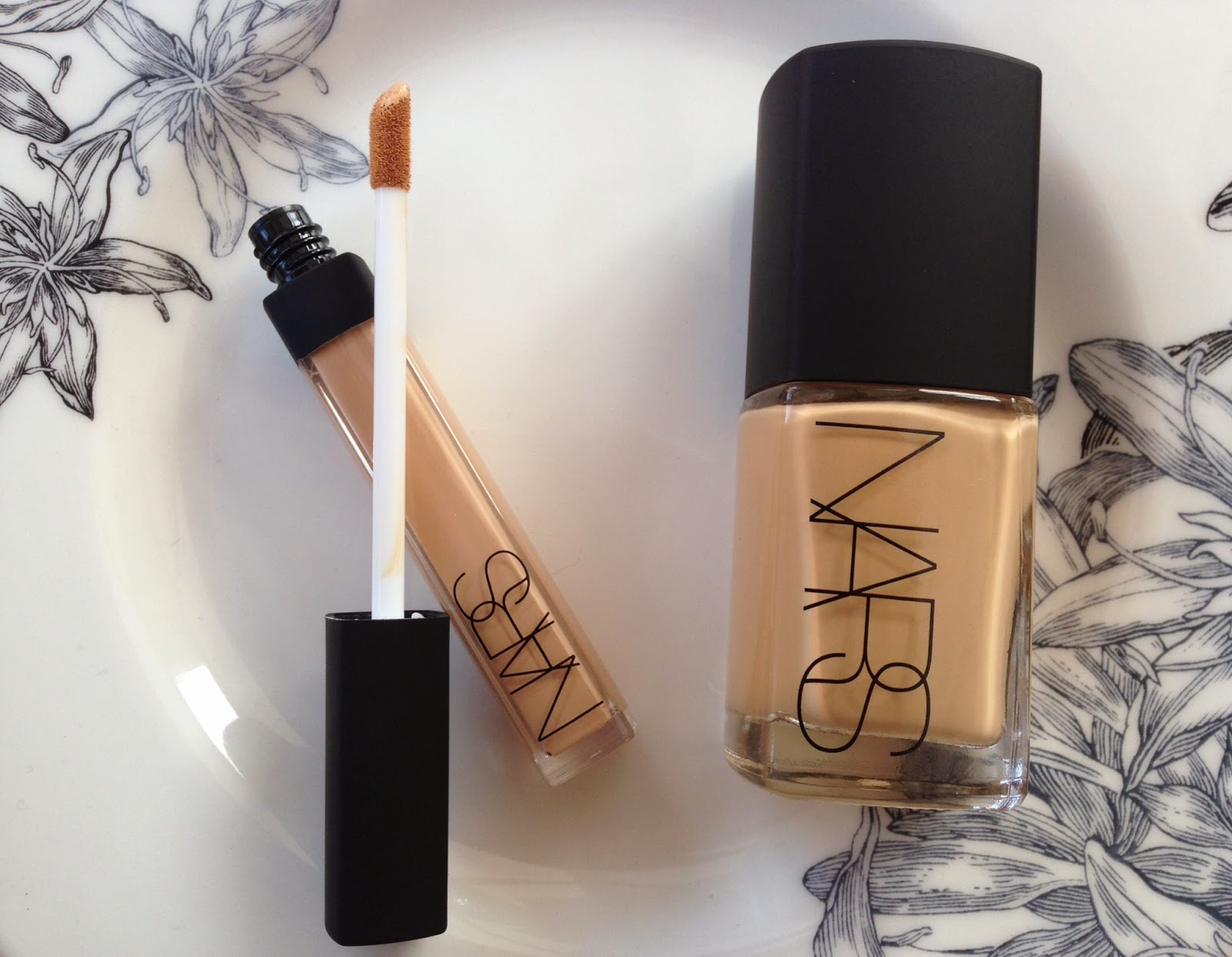 Worth the Hype? || Nars Sheer Glow Foundation and Radiant Creamy ...