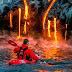 Navegando en piragua entre la lava del volcán Kilauea