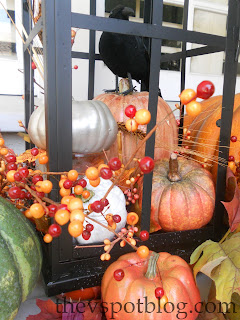 pumpkins, raven, fall florals, decor, outdoor decorations, porch