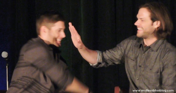 jensen ackles and jared padalecki sam and dean wincheser supernatural con houston 2015