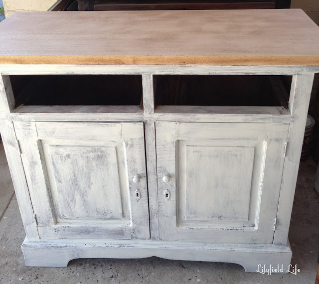 Lilyfield Life painted cupboard makeover