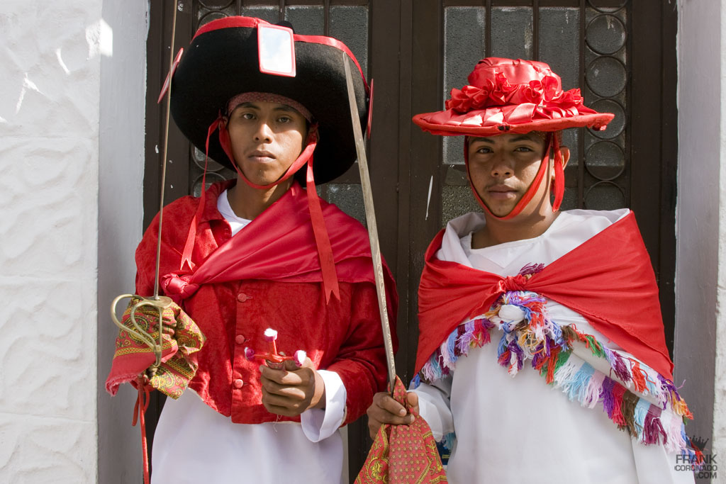 traje tipico de San Andrés Huaxpaltepec