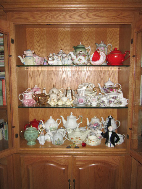 Relevant Tea Leaf: China Cabinet Redo