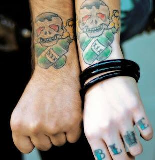 tatuagens-cores-casais-4
