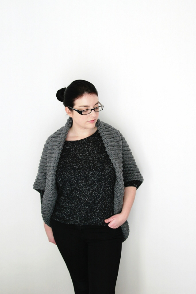 SIMPLE CROCHET CARDIGAN. Gathering Beauty