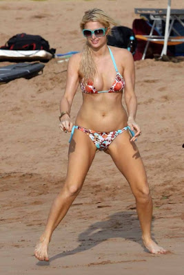 Paris Hilton Beach Fun - Colouring Bikini Pics