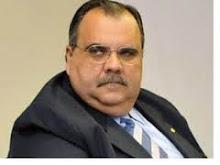 DEPOIS DE LEVAR DUAS LAPADAS DO CABELUDO ROMULO AINDA QUER BATER BOCA