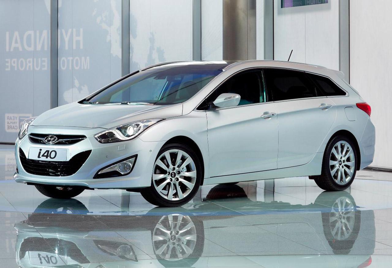 http://1.bp.blogspot.com/--je4jgesVpw/TWKNADmARYI/AAAAAAAAFNg/JmGt-oI9J9c/s1400/Hyundai%2Bi40.jpg