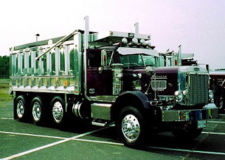 AutoCar Dump Trucks-1