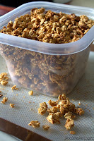 http://foodiefelisha.blogspot.com/2014/01/protein-packed-granola.html